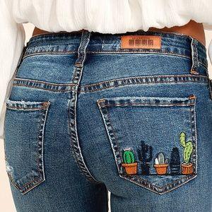 Lulu's cactus pocket jeans